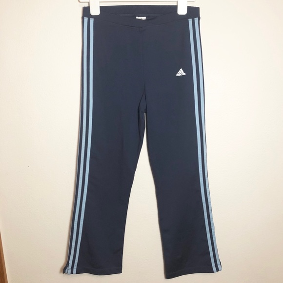 0f9f9096667fed Adidas ClimaLite Women's XL long flared yoga pants.  M_5ad37ec1739d483e225bd13d